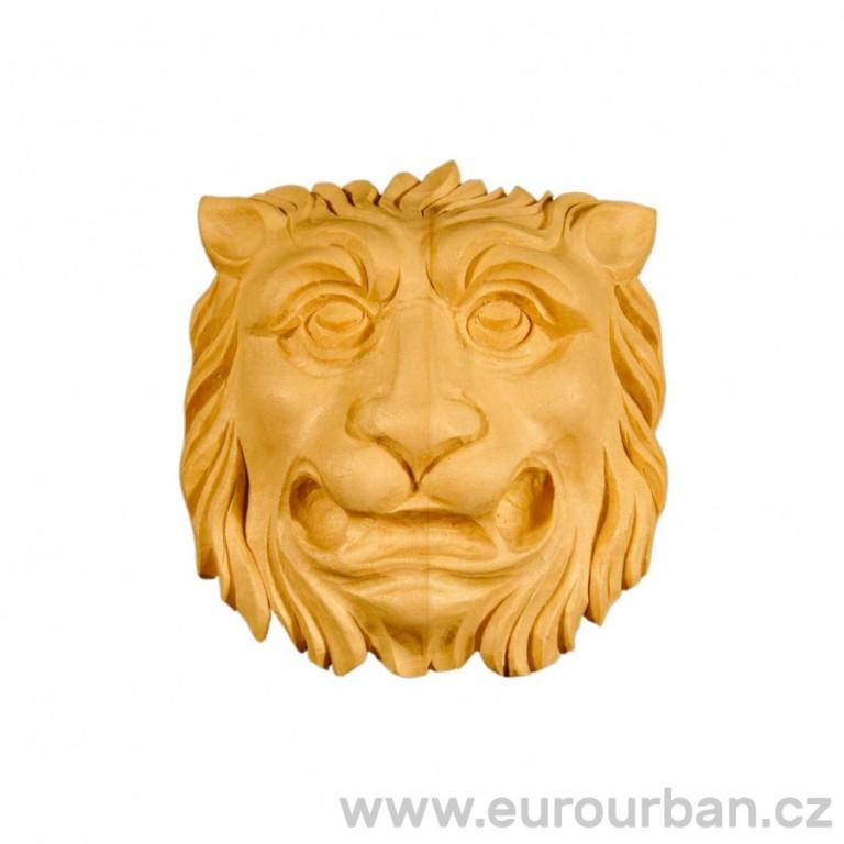 Dřevěná ozdoba s motivem lví hlavy MT523