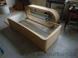 Výroba oblého nábytku na zakázku