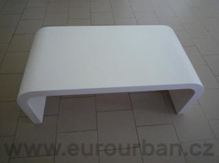 Konferenční stolek z MDF a stříkaný RAL barvou