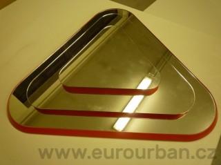 Trojúhelníkové zrcadlo