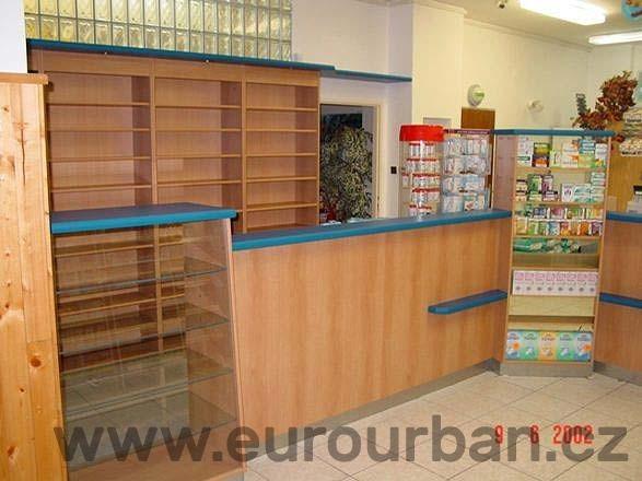 Vybavení lékárny v Horní Bříze