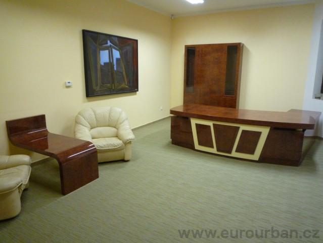 Luxusní kancelář pro ředitele