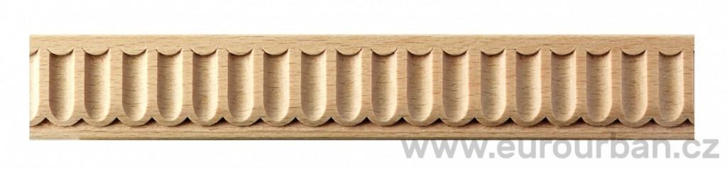Dřevěná lišta s drobným vyřezávaným vzorem 2/25x6