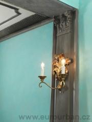 Historické světlo se dvěma žárovkami