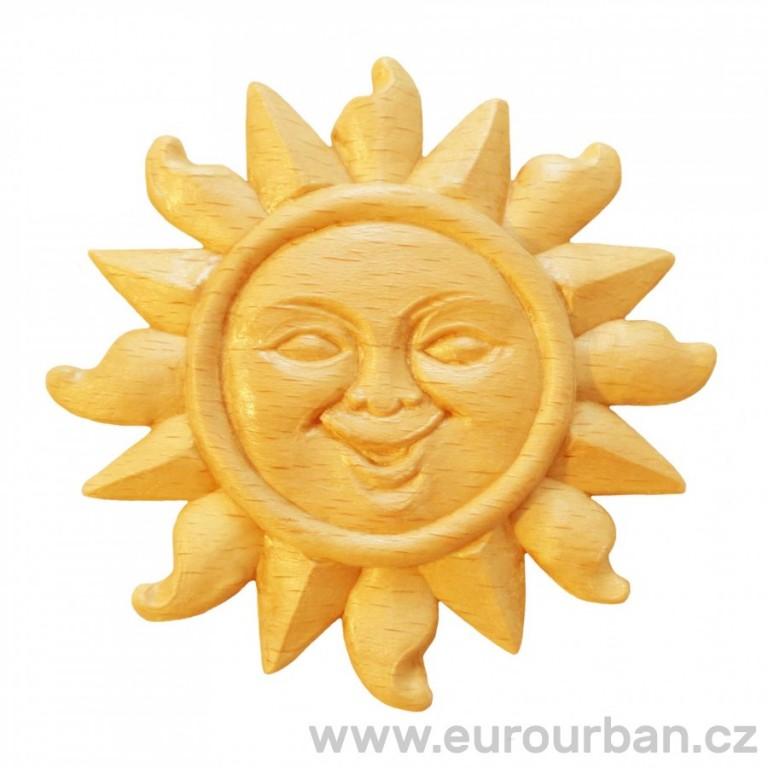 Dřevěná vyřezávaná ozdoba - slunce RR79